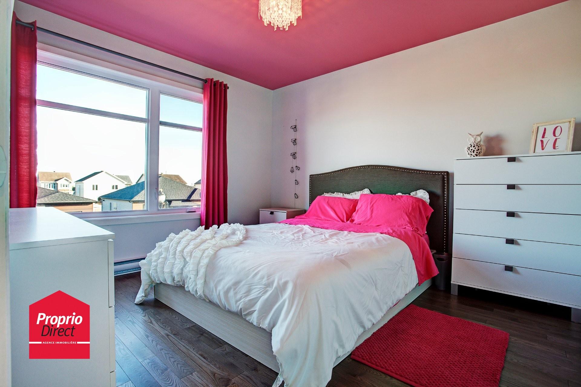 Maison tages vendre 3620 rue des lotus marieville for Acheter une chambre a coucher