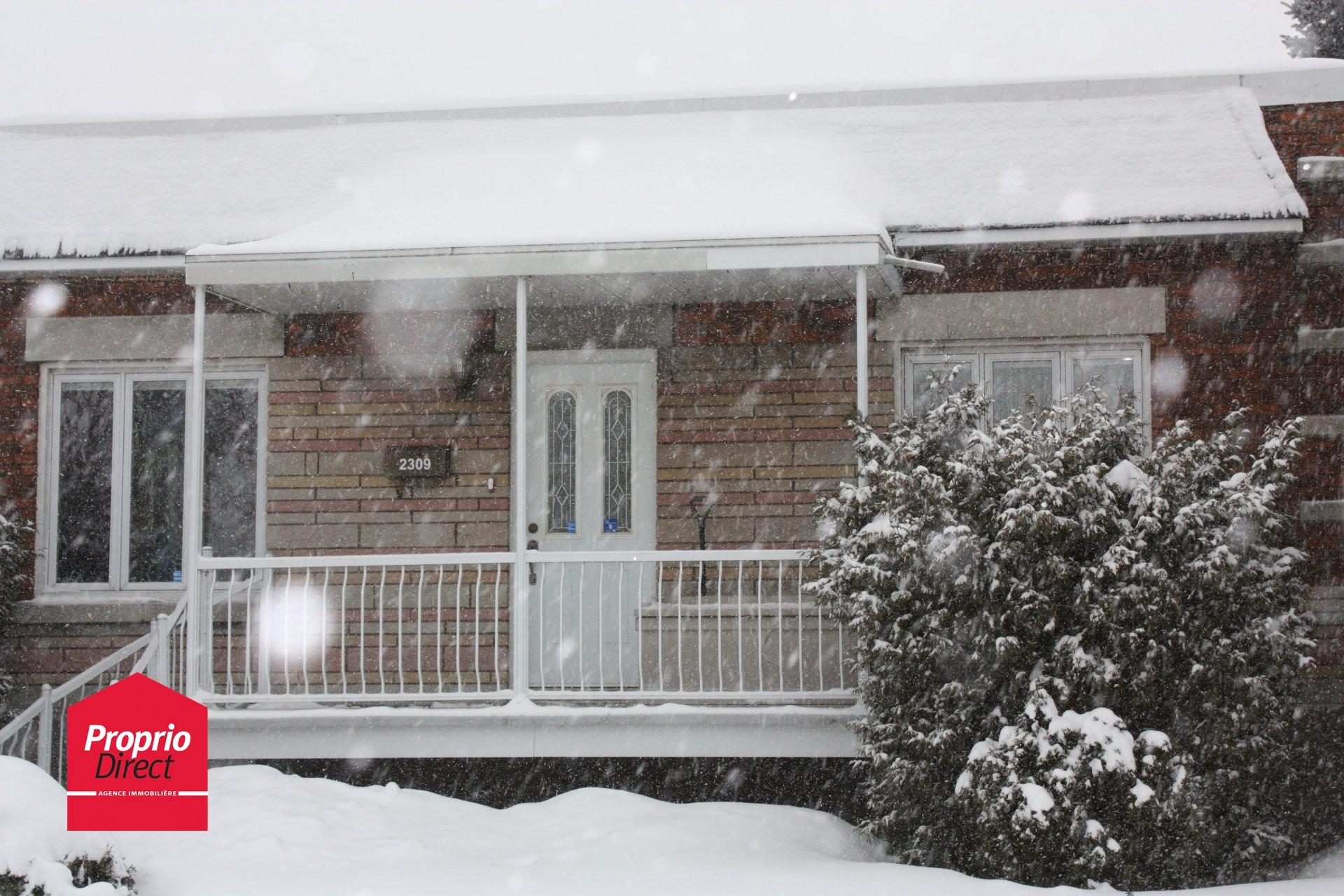 Maison de plain pied vendre 2309 rue monsabr mercier for Acheter une maison a montreal