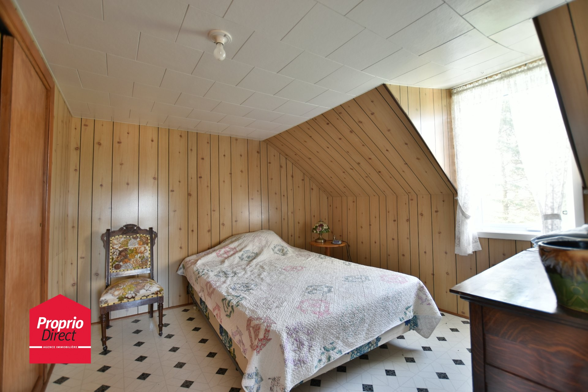 Fermette vendre 1620 rg st charles saint l on le grand for Chambre a coucher leon