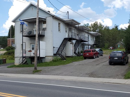 93-99, Rue St-Jacques N., Causapscal, Bas-Saint-Laurent
